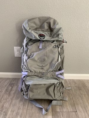 Osprey Aura 50 AG - Women's for Sale in Paradise Valley, AZ