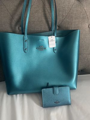 Coach tote bag &wallet for Sale in Port St. Lucie, FL