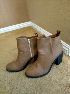 Women's boots for Sale in Mission Viejo, CA