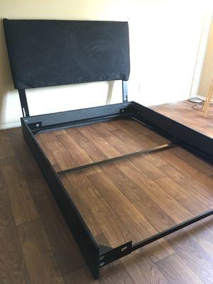 Black queen size bed frame for Sale in Hattiesburg, MS