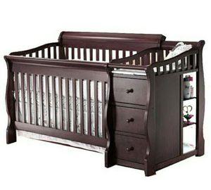 Sorelle 4 in 1 crib for sale for Sale in DeLand, FL