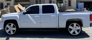 2010 chevy silverado for Sale in Brea, CA