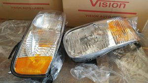 Ford escape headlights for Sale in Abilene, TX