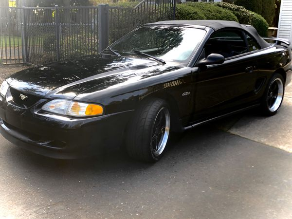 Convertible 1998 Ford Mustang GT Rare 5 speed