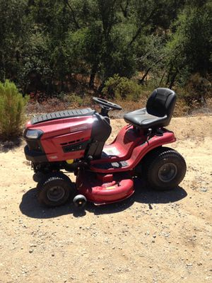 Craftsman riding law mower for Sale in Jamul, CA
