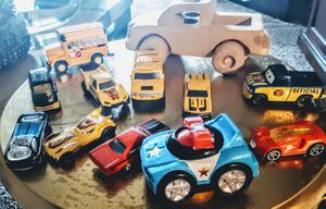 Lot of hotwheels and other cars for Sale in US