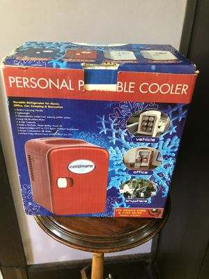 Coolmate 4 liter capacity cooler new in box for Sale in Yonkers, NY