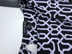 GEORGE black & white dress size small/4-6. NEVER WORN for Sale in Boston, MA