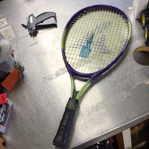 Pro Kennex Tennis Racket for Sale in Marlboro Township, NJ
