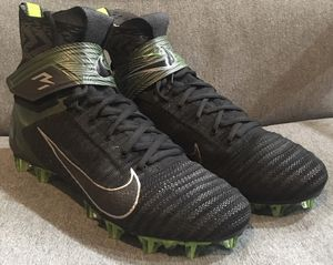 Nike Alpha Menace Elite 2 Russell Wilson football cleats. Black and green. Men's size 9.5. Only worn once. for Sale in Merritt Island, FL