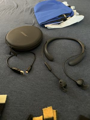 Bose quiet control 30 for Sale in West Mifflin, PA