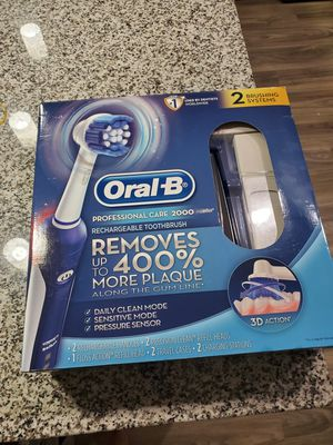 Oral B - 2 Rechargeable Toothbrush Sets for Sale in Atlanta, GA