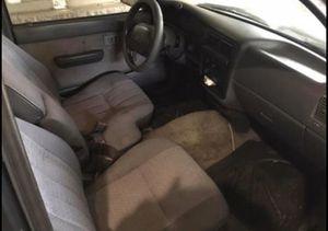 1996 Toyota tacoma for Sale in Stone Mountain, GA