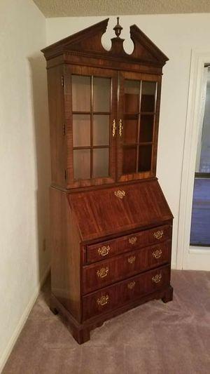 Beautiful Drexel Secretary Desk for Sale in Leander, TX