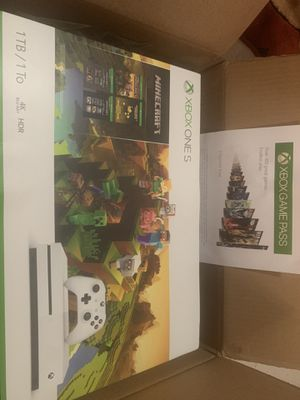 XBOX ONE S 1tb/1to Minecraft bundle with 3m free game pass for Sale in Teaneck, NJ