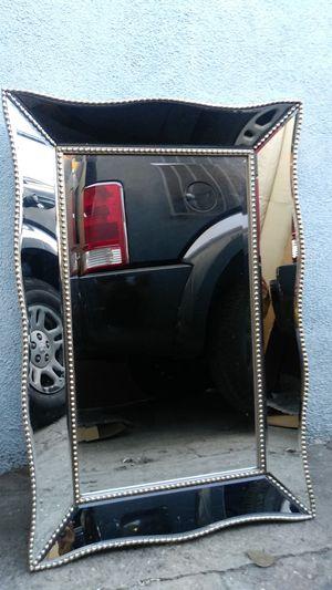 Mirror $50 217 E Century bulevar Los Angeles for Sale in Los Angeles, CA