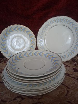 Plate Set for Sale in Hannibal, MO
