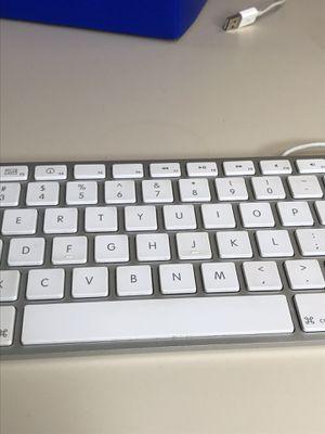 Apple USB Keyboard (Like New) for Sale in Austin, TX