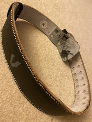 Valeo weightlifting belt (m) for Sale in Kirkland, WA