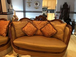 3piece sofa set includes all cushions shown. for Sale in San Bruno, CA