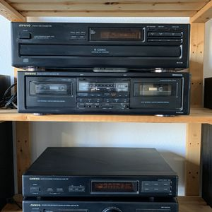 Stereo System With Speakers in Good Working Condition for Sale in Escondido, CA