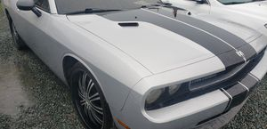 2009 dodge challenger clean title for Sale in San Diego, CA