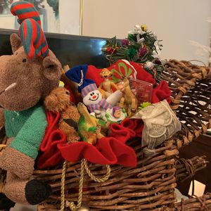 Reindeer Sleigh with Toy Story and other figures for Sale in El Cajon, CA