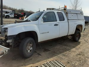 2008 GMC 2500 HD pickup parts for Sale in Montville, NJ