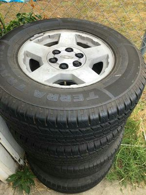 17in Chevy Silverado Tahoe rims and tires for Sale in Downey, CA