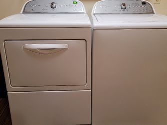 Whirlpool Washer And Gas Dryer for Sale in Crestline,  CA