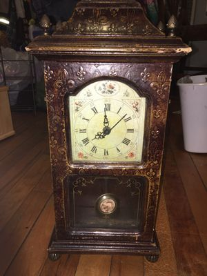 Antique clock for Sale in Worcester, MA