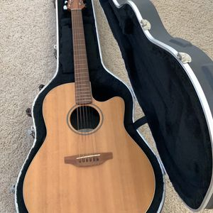 Ovation Balladeer S771 In Mint Condition for Sale in Newport Beach, CA