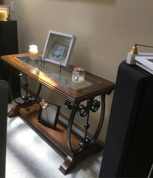 Console table for Sale in Mundelein, IL