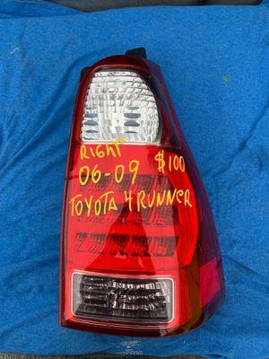 2006-2007-2008-2009-TOYOTA 4 RUNNER TAIL LIGHT RIGHT PASSENGER SIDE OEM for Sale in Gardena, CA