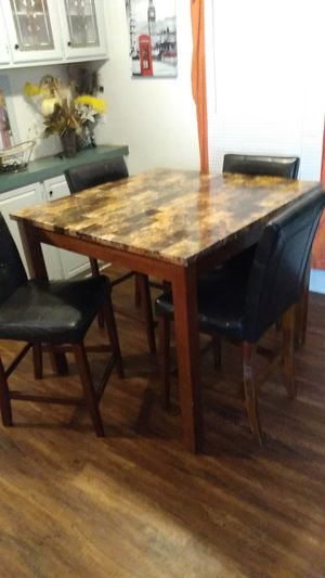 Kitchen Table with 4 chairs for Sale in Alvarado, TX