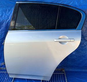 2007 - 2015 INFINITI G35 G37 Q40 SEDAN REAR LEFT DRIVER SIDE DOOR SILVER for Sale in Fort Lauderdale, FL