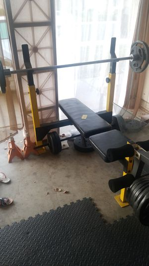 Weight bench weight Olympic bar for Sale in Moreno Valley, CA