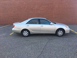 05 Toyota Camry XLE Needs Work, Runs well, Mechanics Special for Sale in Duluth, MN
