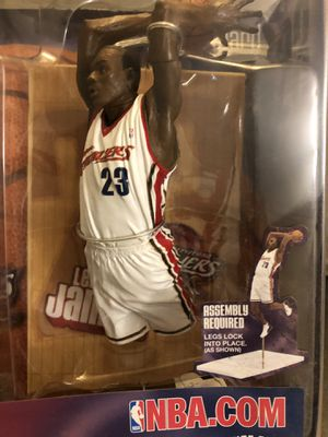Lebron James Cleveland Cavaliers Series 5 McFarlane NBA Action Figure 2003 (Action Figure debut) 🔥🔥🔥 for Sale in Greenville, SC