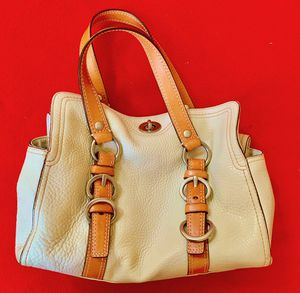 Coach handbag for Sale in Closter, NJ