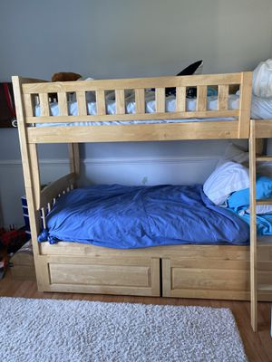 Twin Bunk bed in perfect condition for Sale in Harwood, MD