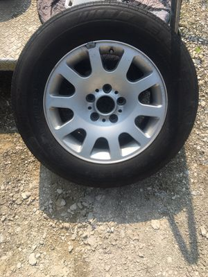 16 inch rim for Sale in Crofton, MD