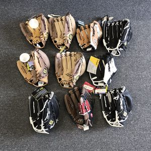 Lefty Softball Gloves Wilson Rawlings for Sale in San Diego, CA