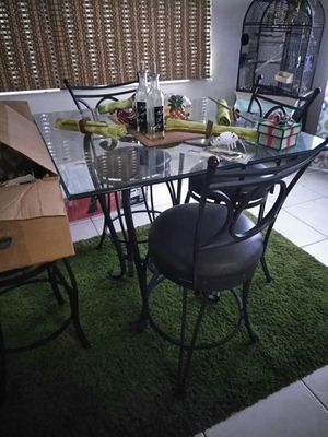 bar height stools window panels and rug for Sale in Port Richey, FL