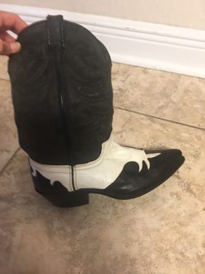 Laredo western boots size 8 1/2 for Sale in Tampa, FL