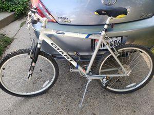 Giant iguana 10 speed mountain bike for Sale in Bethesda, MD