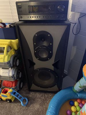 Pro studio speakers and onkyo receiver for Sale in Austin, TX