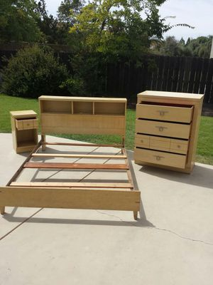 Bedroom Set Retro Full Size Bed Frame, Dresser, and Night Stand for Sale in Clovis, CA