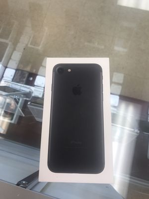 New iPhone 7 Black 32GB unlocked for Sale in Richmond, VA