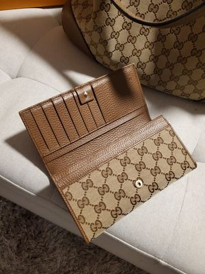 Gucci handbag and wallet for Sale in Niederwald, TX